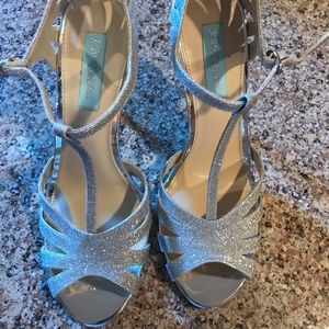 NEW Betsy Johnson Silver Strappy High Heel Sandals